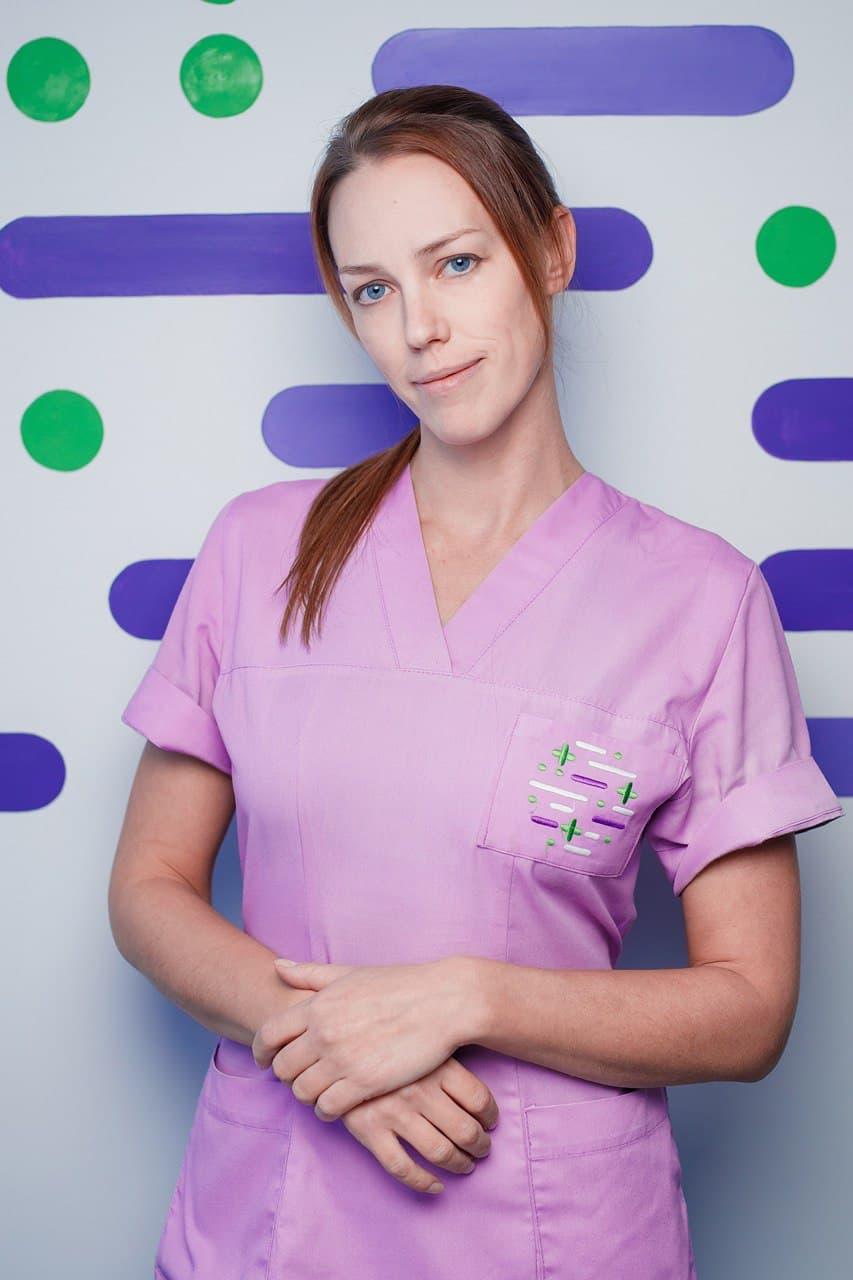 Женщина врач